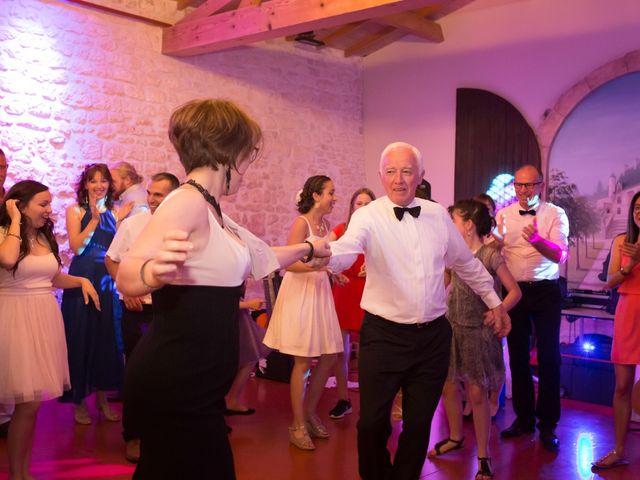 Le mariage de David et Isabel à Marans, Charente Maritime 264