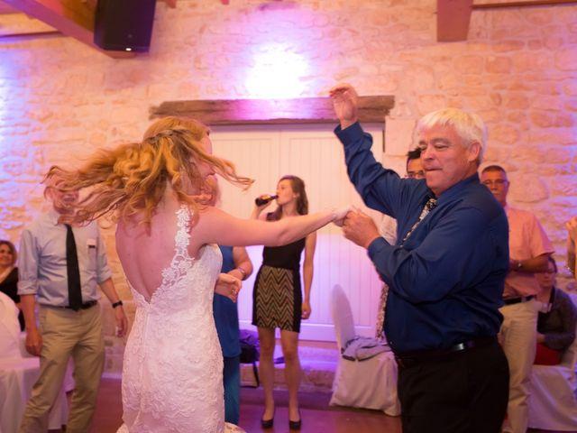 Le mariage de David et Isabel à Marans, Charente Maritime 265