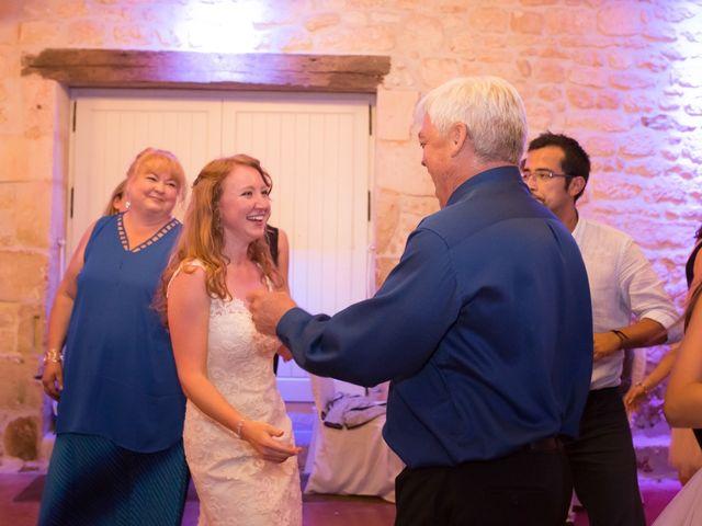 Le mariage de David et Isabel à Marans, Charente Maritime 266