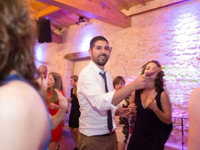 Le mariage de David et Isabel à Marans, Charente Maritime 283
