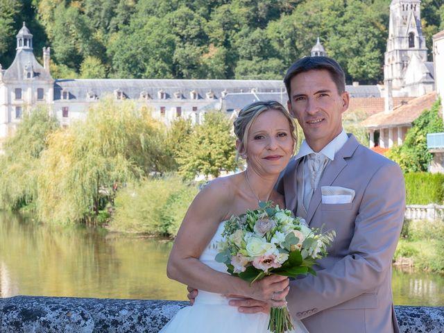Le mariage de Alexandre et Leititia à Brantôme, Dordogne 10
