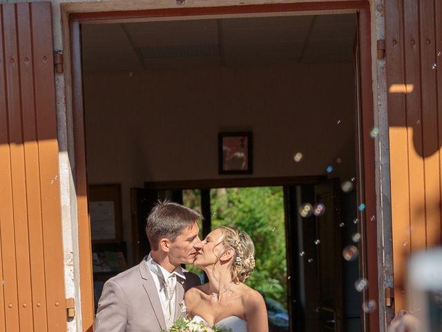 Le mariage de Alexandre et Leititia à Brantôme, Dordogne 17