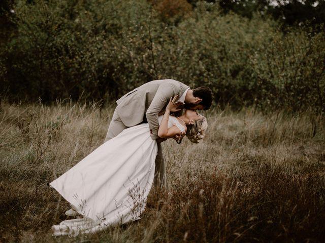 Le mariage de Alexis et Charlotte à Mouthiers-sur-Boëme, Charente 46