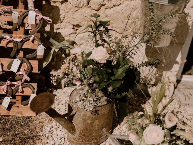Le mariage de Alexis et Charlotte à Mouthiers-sur-Boëme, Charente 63