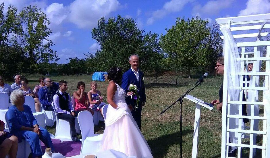 Le mariage de Sébastien et Armelle à Marans, Charente Maritime
