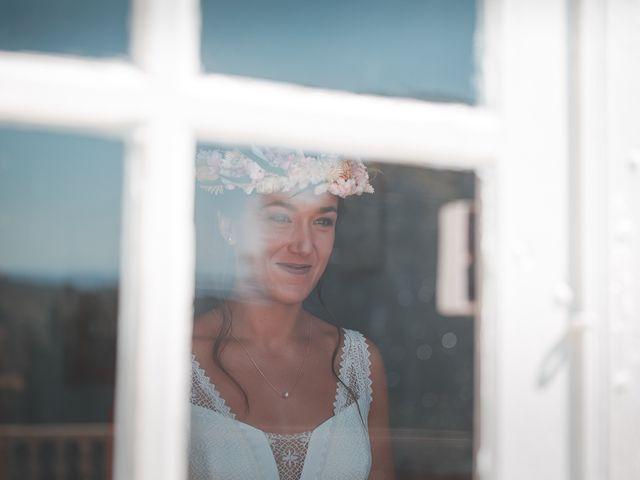 Le mariage de Mike et Marine à Castelnaudary, Aude 14