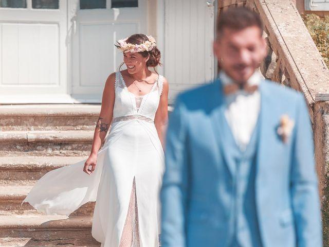 Le mariage de Mike et Marine à Castelnaudary, Aude 16