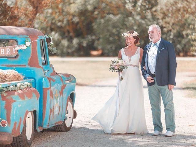 Le mariage de Mike et Marine à Castelnaudary, Aude 20