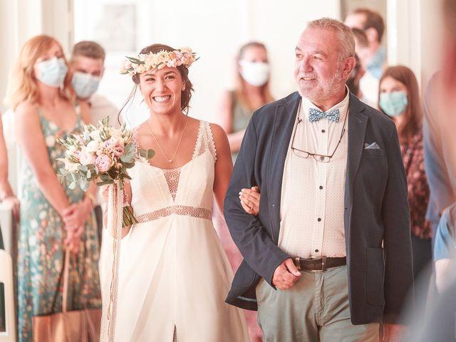 Le mariage de Mike et Marine à Castelnaudary, Aude 22