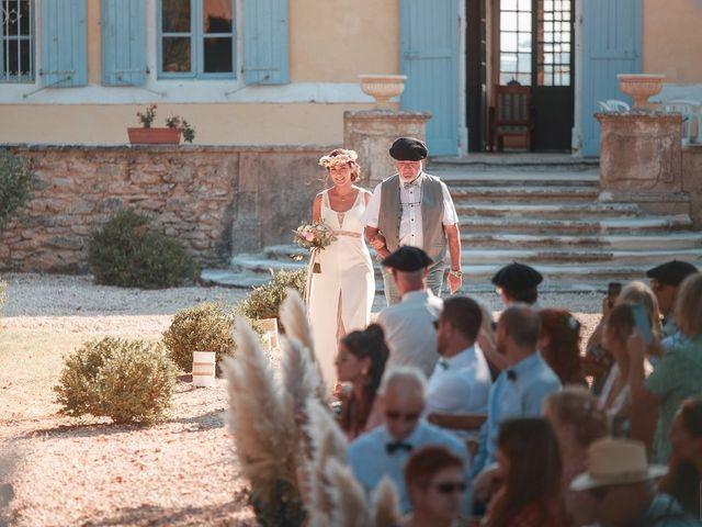 Le mariage de Mike et Marine à Castelnaudary, Aude 25