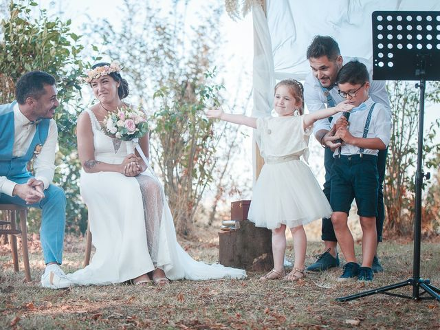 Le mariage de Mike et Marine à Castelnaudary, Aude 27