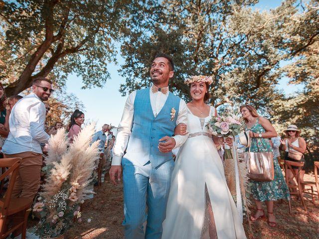 Le mariage de Mike et Marine à Castelnaudary, Aude 32