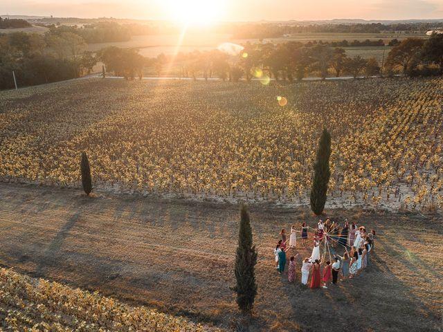 Le mariage de Mike et Marine à Castelnaudary, Aude 38