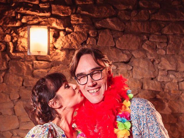 Le mariage de Mike et Marine à Castelnaudary, Aude 40