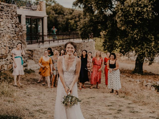 Le mariage de Hugo et Andrea à Saint-Mathieu-de-Tréviers, Hérault 38