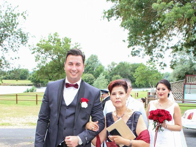 Le mariage de Hedi et Inès à Châtres-sur-Cher, Loir-et-Cher 25