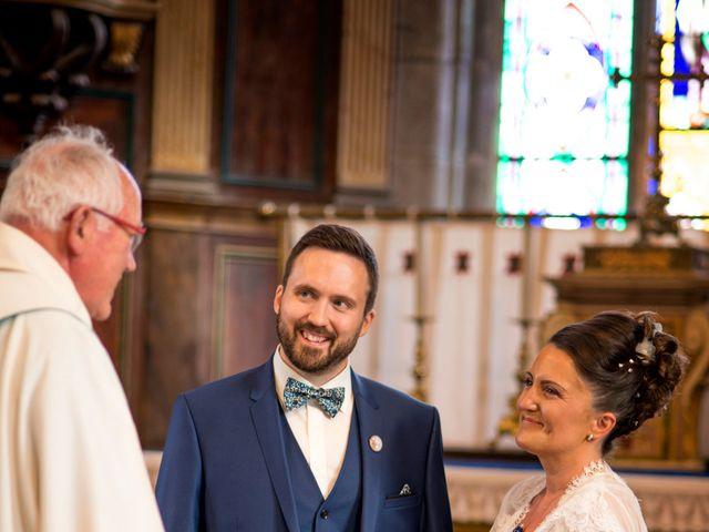 Le mariage de Florian et Sophie à Plouigneau, Finistère 13