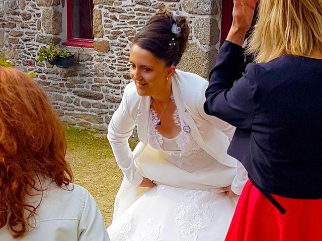 Le mariage de Florian et Sophie à Plouigneau, Finistère 15