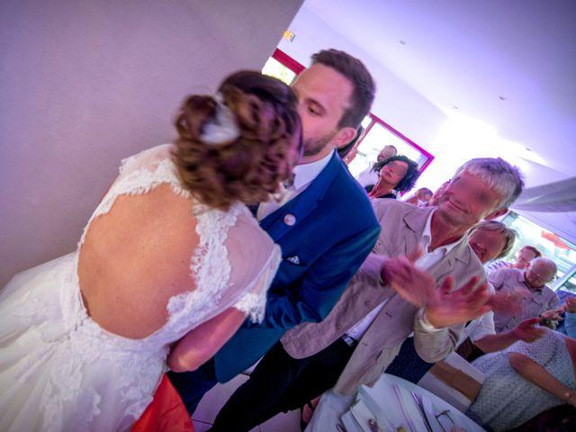 Le mariage de Florian et Sophie à Plouigneau, Finistère 28