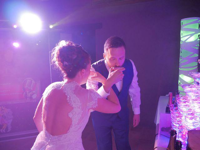 Le mariage de Florian et Sophie à Plouigneau, Finistère 35