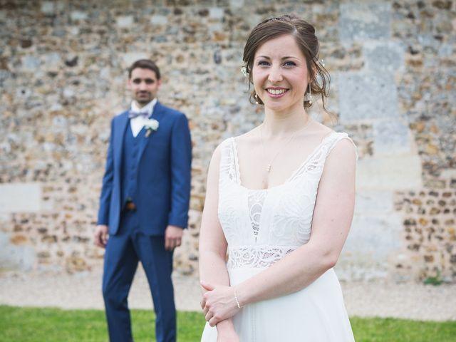 Le mariage de Thomas et Claire à Sainte Colombe la Commanderie, Eure 2