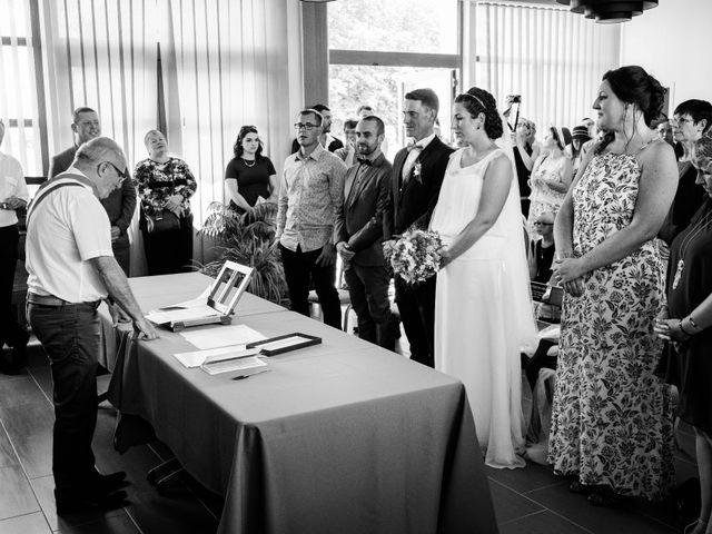 Le mariage de Xavier et Sonia à Caen, Calvados 11