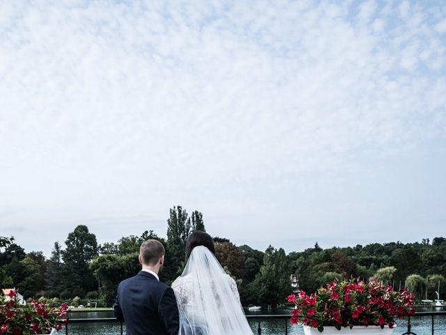 Le mariage de Youcef et Samah à Le Coudray-Montceaux, Essonne 1
