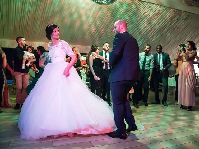 Le mariage de Youcef et Samah à Le Coudray-Montceaux, Essonne 15