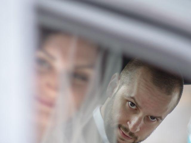Le mariage de Youcef et Samah à Le Coudray-Montceaux, Essonne 17