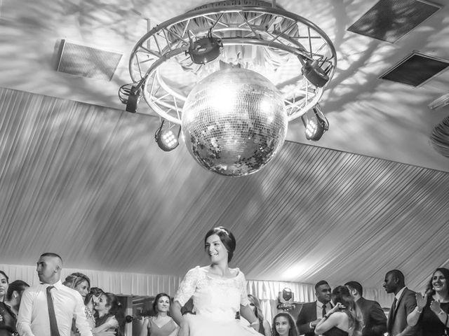 Le mariage de Youcef et Samah à Le Coudray-Montceaux, Essonne 30