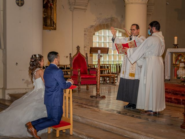 Le mariage de Samuel et Mélanie à Aimargues, Gard 7