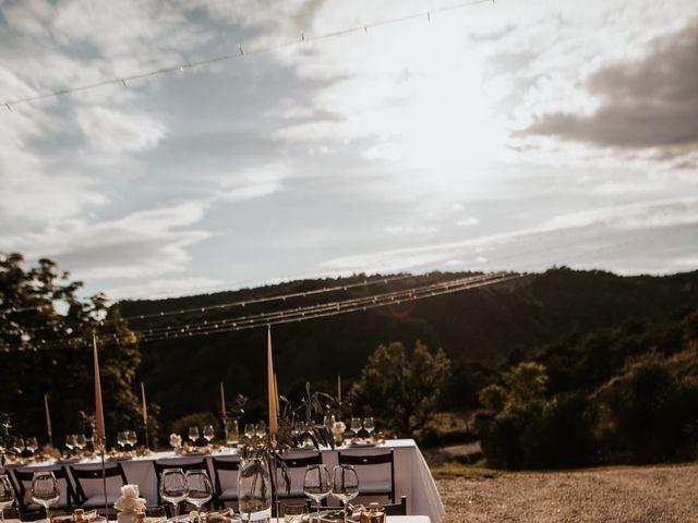 Le mariage de Fabien et Marion à Bourdeaux, Drôme 69
