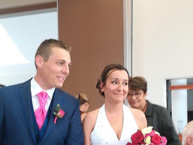 Le mariage de Virgile et Elodie à Saint-Doulchard, Cher 30