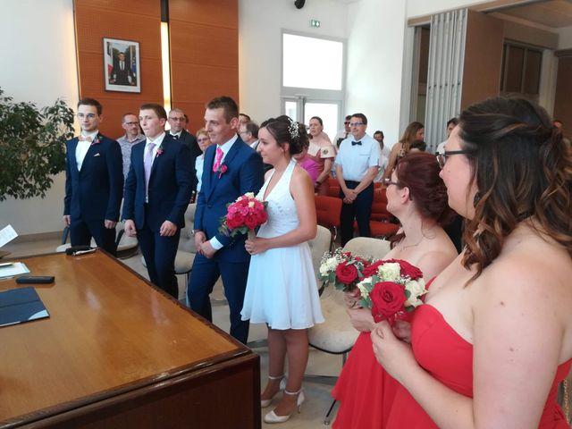 Le mariage de Virgile et Elodie à Saint-Doulchard, Cher 34