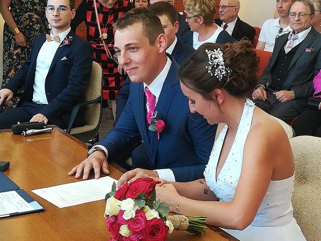 Le mariage de Virgile et Elodie à Saint-Doulchard, Cher 38