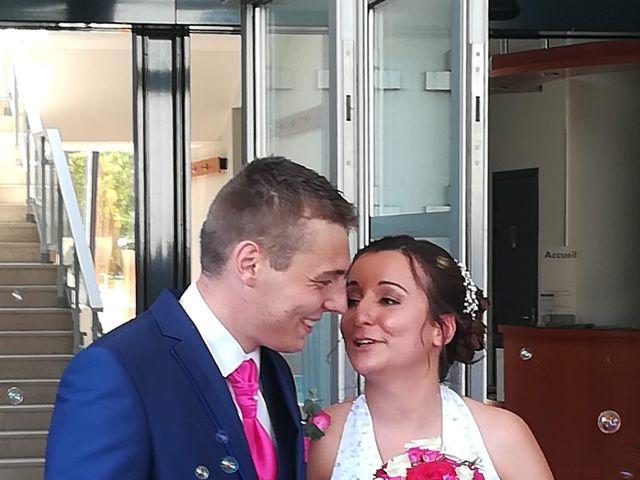 Le mariage de Virgile et Elodie à Saint-Doulchard, Cher 56