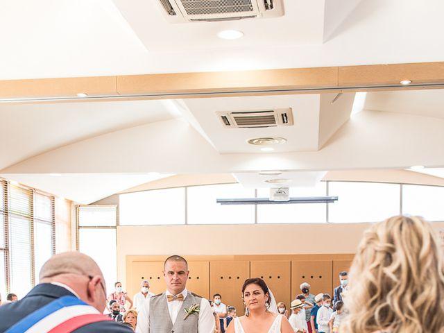 Le mariage de Benoît et Emmanuella à Draguignan, Var 16