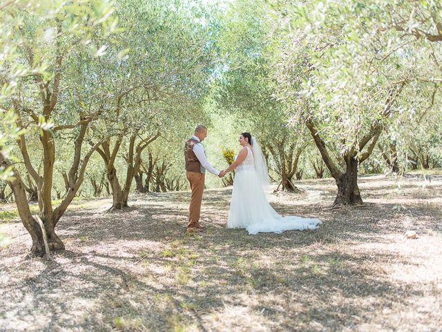 Le mariage de Benoît et Emmanuella à Draguignan, Var 32