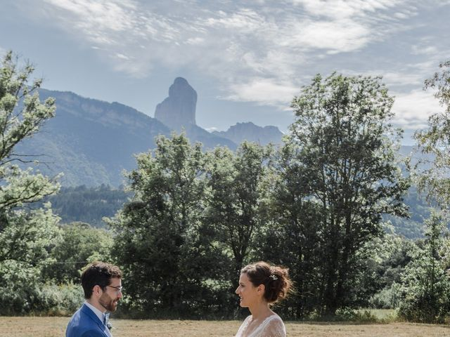 Le mariage de Domitille et Paul à Roissard, Isère 14