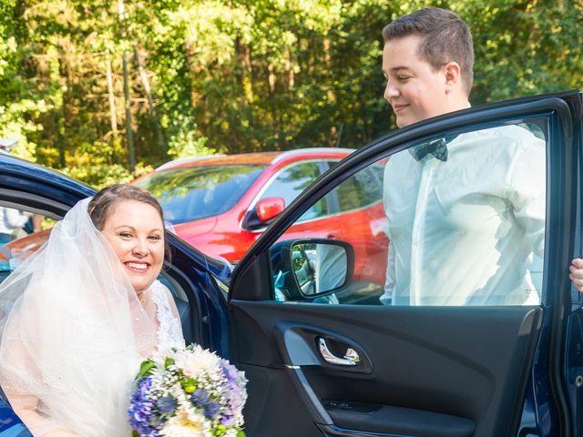 Le mariage de Thomas et Tracy à Toussus-le-Noble, Yvelines 40