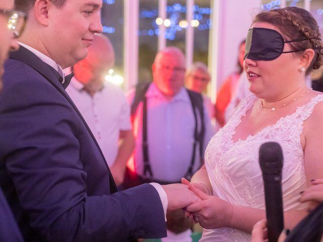 Le mariage de Thomas et Tracy à Toussus-le-Noble, Yvelines 78