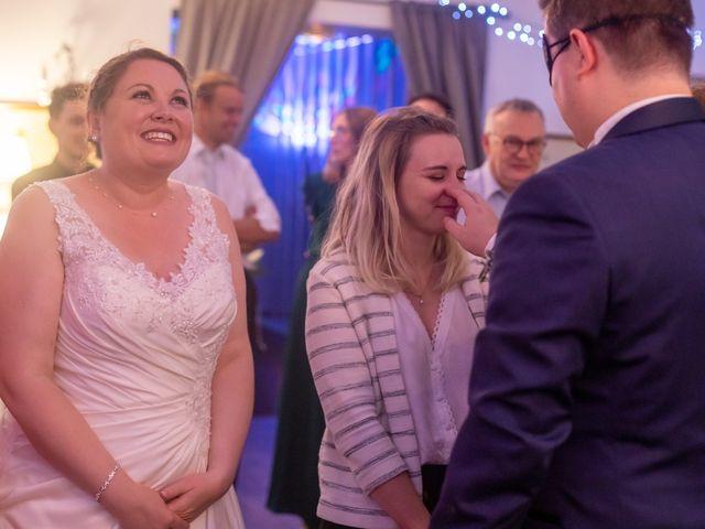 Le mariage de Thomas et Tracy à Toussus-le-Noble, Yvelines 80
