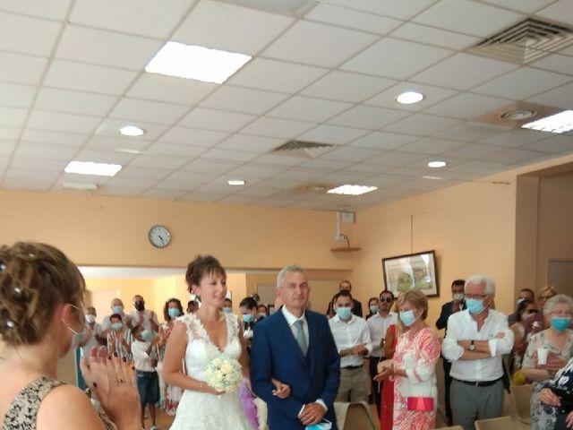 Le mariage de Florian et Charline à Nîmes, Gard 2