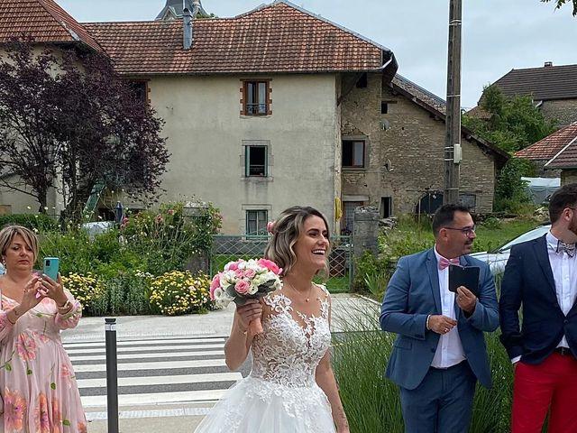 Le mariage de Corrado et Agathe  à Amondans, Doubs 8