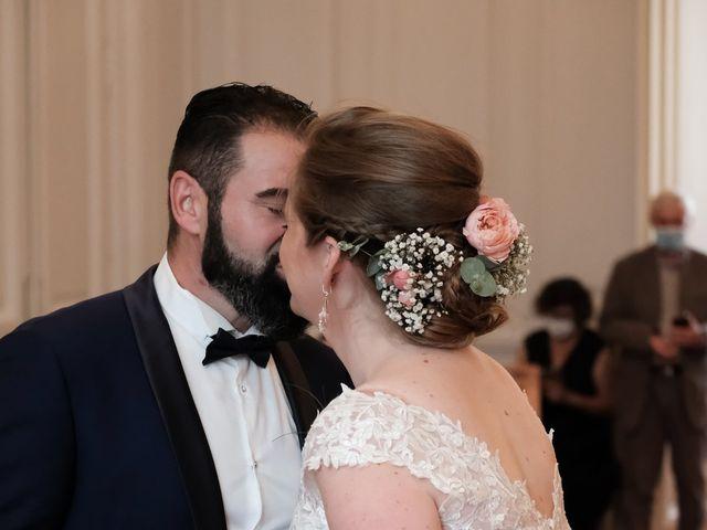 Le mariage de Felipe et Emmanuelle à Bourges, Cher 13