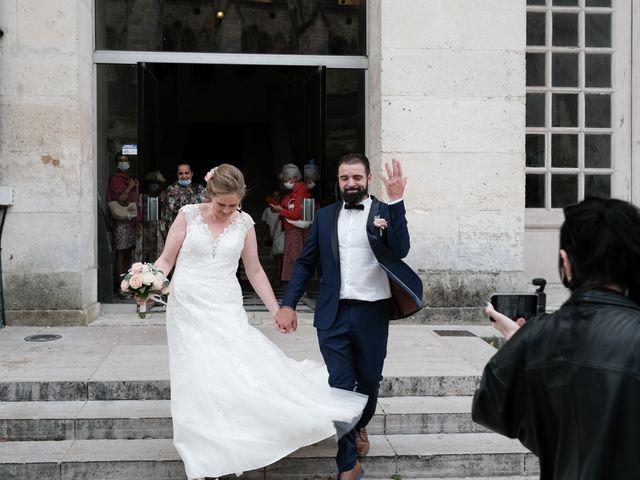 Le mariage de Felipe et Emmanuelle à Bourges, Cher 28