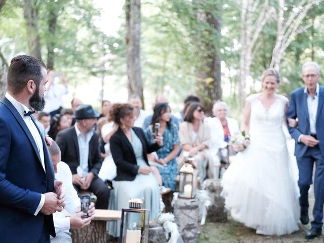 Le mariage de Felipe et Emmanuelle à Bourges, Cher 38