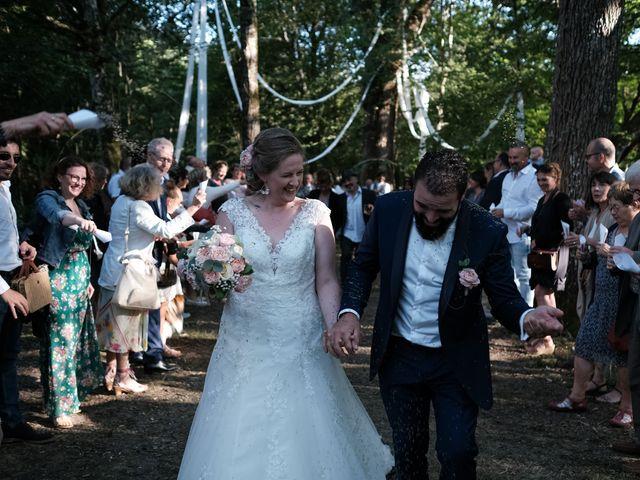 Le mariage de Felipe et Emmanuelle à Bourges, Cher 60