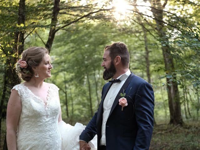 Le mariage de Felipe et Emmanuelle à Bourges, Cher 63