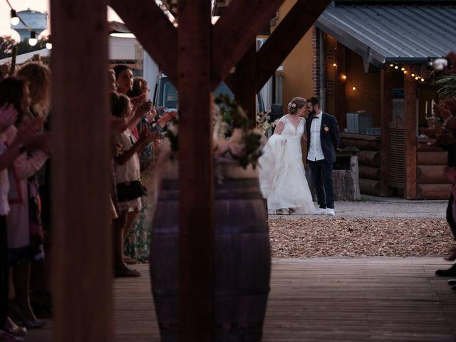 Le mariage de Felipe et Emmanuelle à Bourges, Cher 83